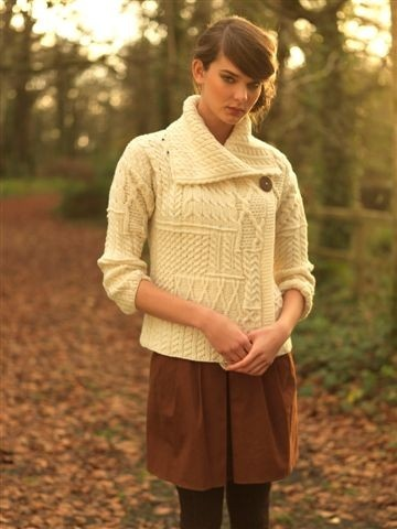 #Houseofireland #Carraigdonn Beautiful stylish Aran knit sweater