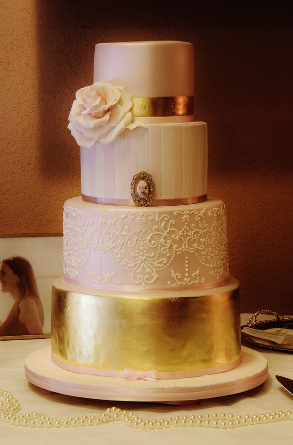 rose gold leaf wedding cake the 19 best images about pink amp gold cakes on 19278