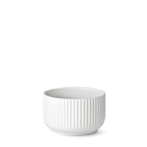 Our 20 cm original Lyngby bowl in white porcelain.