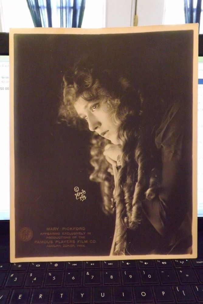 """MARY PICKFORD FAMOUS PLAYERS FILM CO. PHOTOGRAPH 8"""" x 10"""" AS PICTURED"""