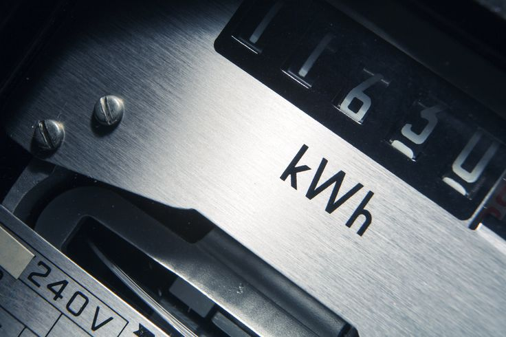 Regular meter readings are important to ensure an accurate business electricity bill - SwitchMyBusiness explains how to read your business electricity meter