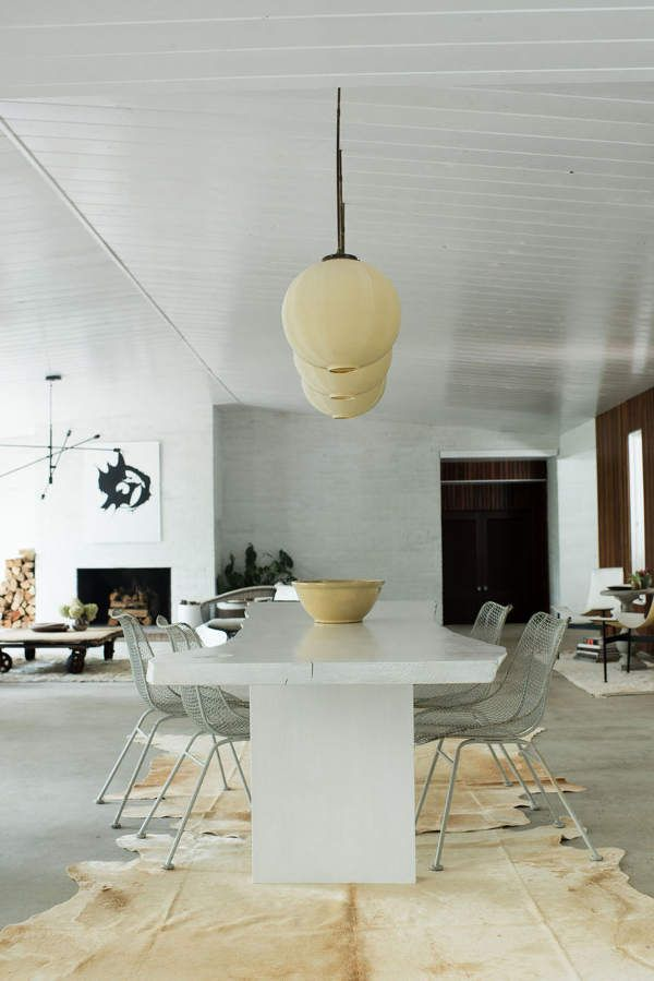Minimal luxury dining room with mid century modern architecture