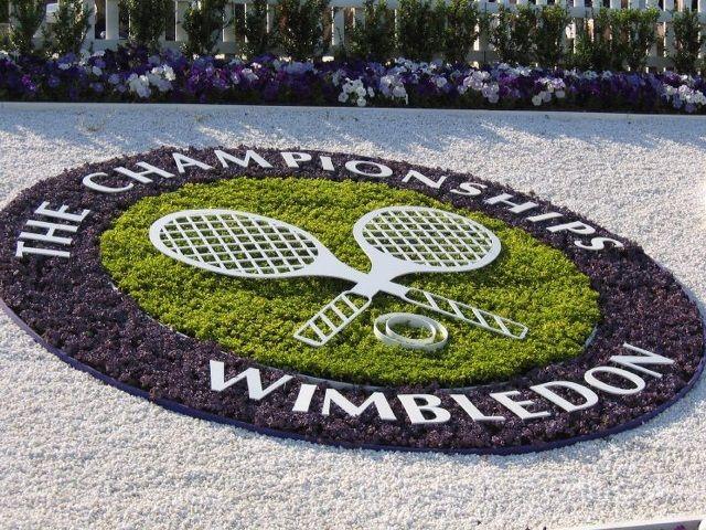 Al via la tanto attesa sfida tra i campioni del tennis, la sfida a Wimbledon. Sul campo tanti volti noti ed amati da tutto il mondo!