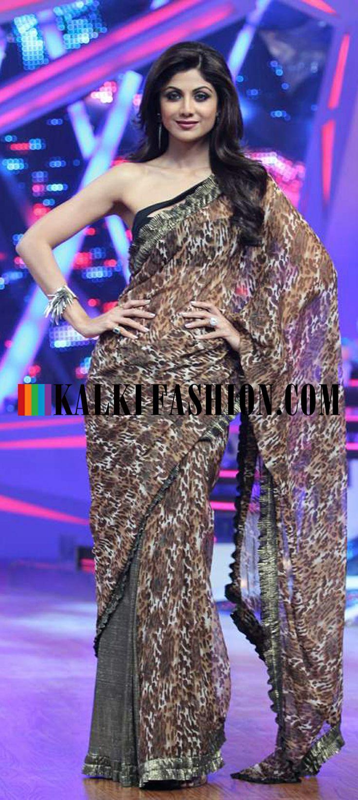 http://www.kalkifashion.com/ Shilpa Sheety in animal printed saree by Neeta Lulla on the set of Nach Baliye Season 6