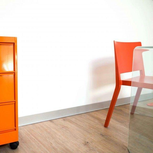 Plinthe Alu Deco En Pvc Et Autocollante Facile A Decouper Et A Poser Plinthes Decoration Maison Plinthe Pvc