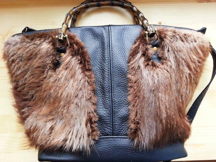 Leather handbag- black/triangle shape/beaver fur by gajakp on Etsy