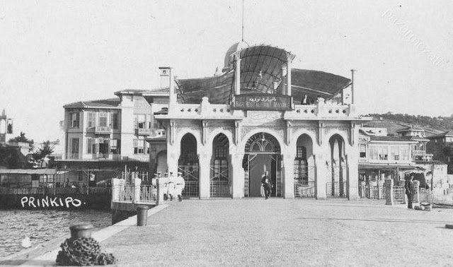 Büyükada Vapur İskelesi.1900 lü yıllar.
