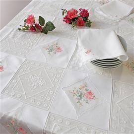 | Masa örtüsü dantel ve işlemeli masa örtüleri: masa örtüsü el işlemeli Brode ve Pizzi