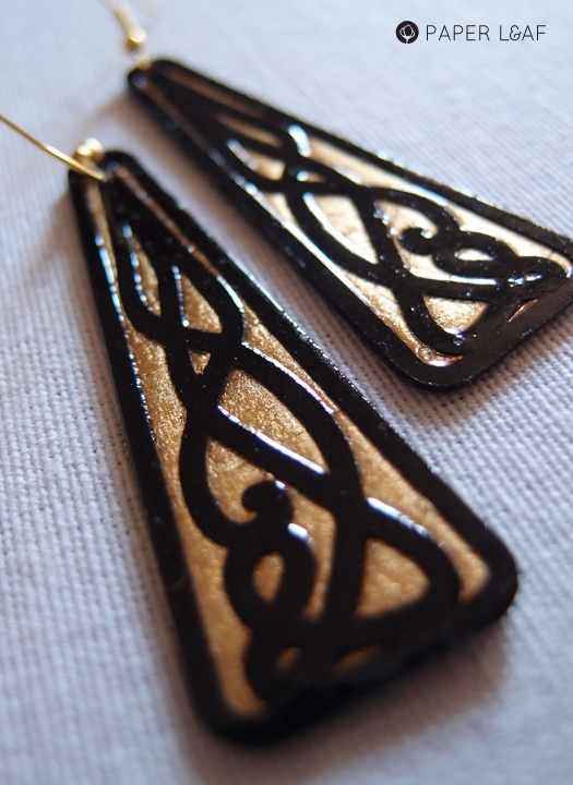 Celtic_01 | Paper earrings | Cutting black cardstock and faux gold leaf | By Paper Leaf