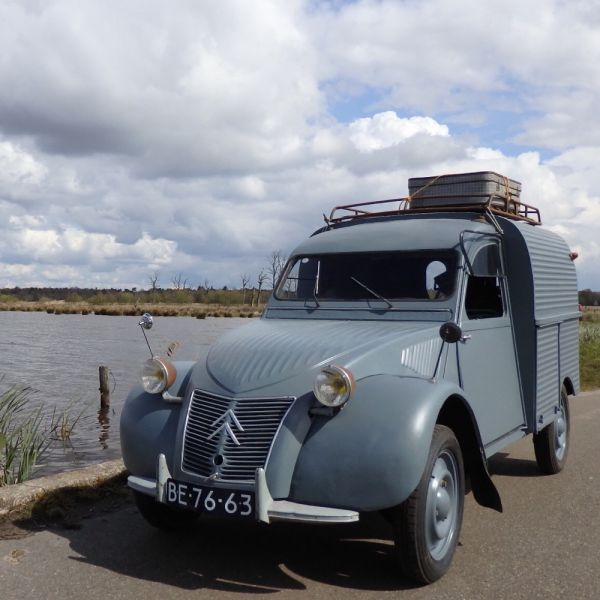 Roadtrip with an oldtimer in the Netherlands.