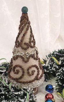 Декор елочки кофейными зернами