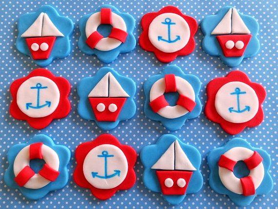 12 Fondant Edible Cupcake/Cookie Toppers  par TopCakeDecors sur Etsy, $19.95