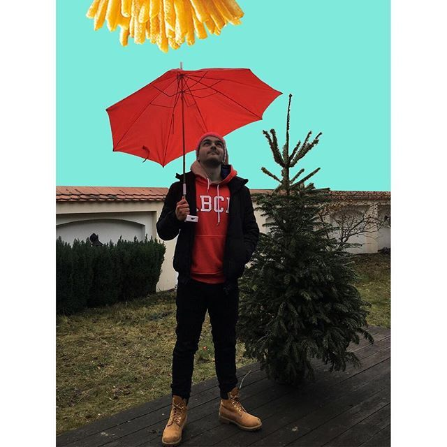 Na mnie pada deszcz frytek a Wy w konkursie McDonald's możecie wygrać smartfona. 🍟📱  Wszystkie informacje znajdziecie na profilu @MamSmakaNaMaka   Powodzenia i Smacznego!  #mamsmakanamaka #konkurs
