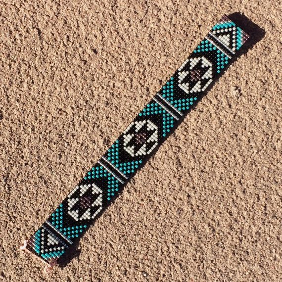 Turquoise Black Bead Loom armband Boheemse Boho door PuebloAndCo