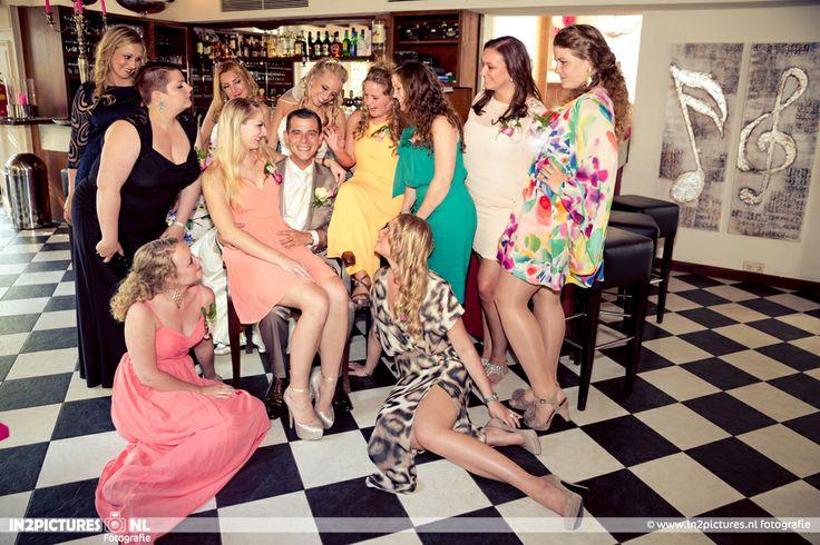 in2pictures.nl fotografie Wedding in Holland, Bruidsfotografie in Nederland, #groupphotography #weddingparty #groom #groepsfotografie   #Rotterdam #wedding #photography #bruidsfotografie #summer #fotografie #koetshuis