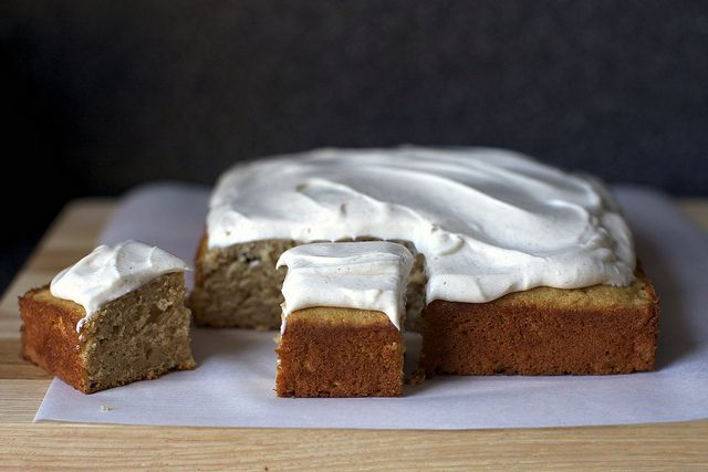 applesauce spice cake with cinnamon cream cheese frosting by smitten (saw another variation that added 1/2 cup cinnamon chips to the cake batter....yes please)