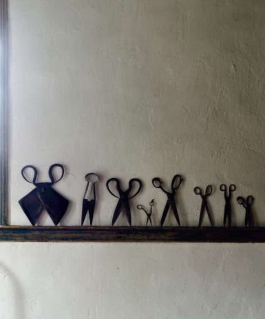 Scissors - i would love to have this by the entrance, at home!