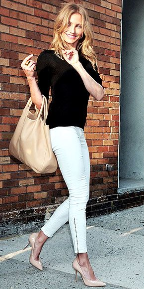 fitted black sweater & J Brand zipper skinnies paired with nude bag and heels.... great look!