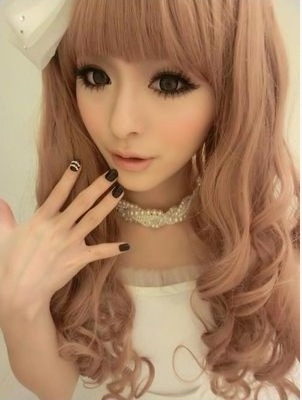 O my God, Looks so cute. get dolly look with dolly Hair Style..: Van Glam Hair Extensions: http://www.vanglamhairextensions.com/