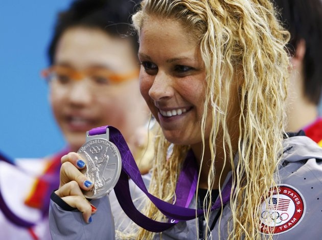 Elizabeth Beisel of the U.S. poses with her SILVER medal during the women's 400m individual medley victory ceremony at the London 2012 Olympic Games at the Aquatics Centre. #USA #Swimming