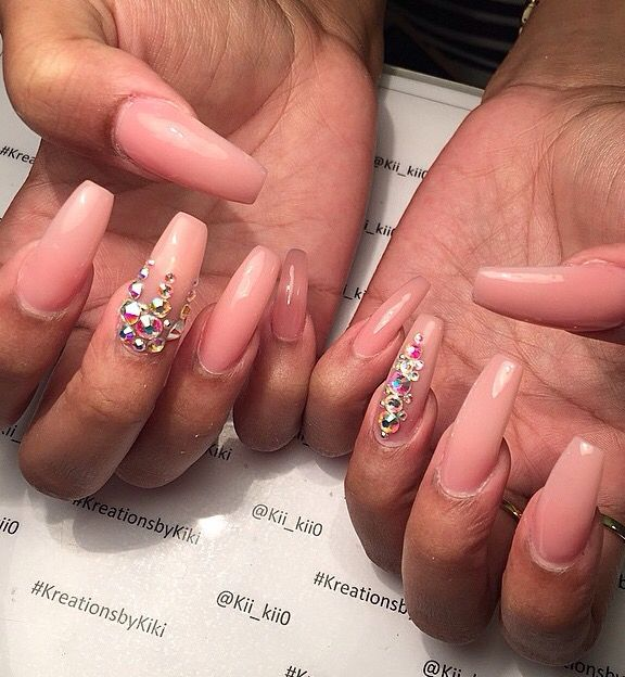 305 best Nails And Toes Nail Art images on Pinterest | Chanel nails ...