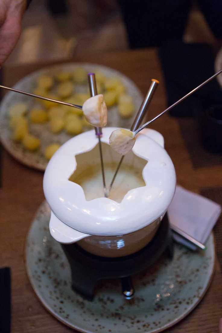Cheese Fondue for Two (Fondue Friday Nights)