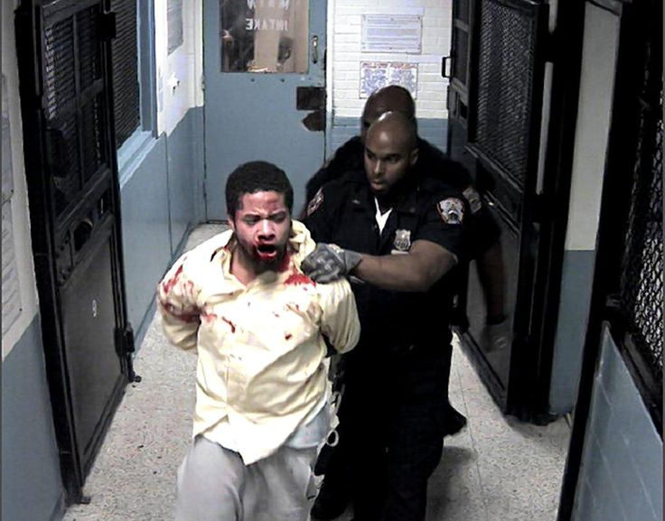 Four Rikers Island correction officers convicted in inmate's 2013 beating may dodge jail time after jury acquits them of attempted assault