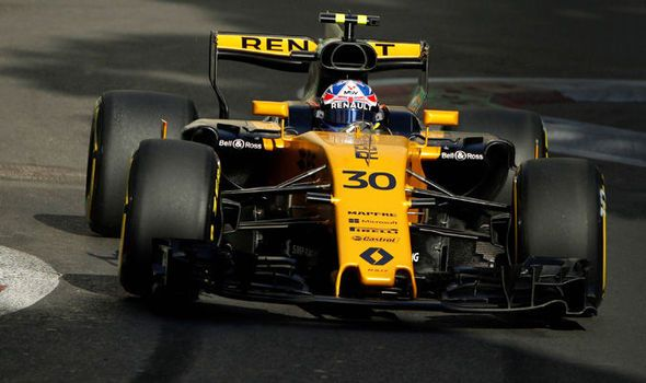 Azerbaijan Grand Prix 2017: Jolyon Palmer to miss qualifying after ENGINE FIRE in practice