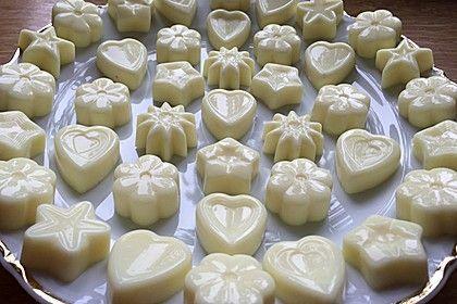 http://www.chefkoch.de/rezepte/3032901455997889/Gummibaerchen-Low-Carb.html