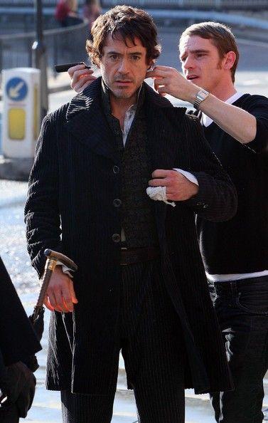 Robert Downey Jr. Photos - Robert Downey Jr. On The Set Of 'Sherlock Holmes' - Zimbio