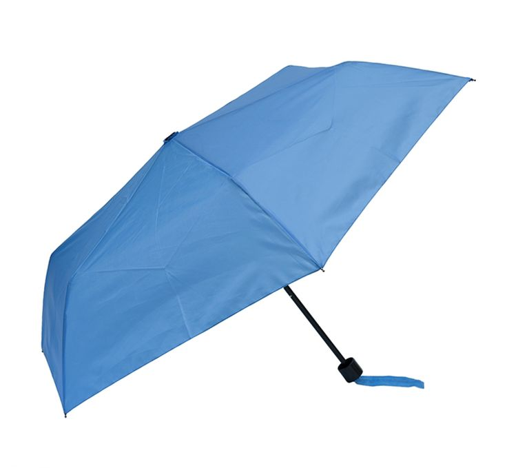 The Clifton Bobbie J Manual Compact 6 Rib Sky Blue is a brightly coloured Manual opening umbrella. Its easy to open and includes a matching carry case.