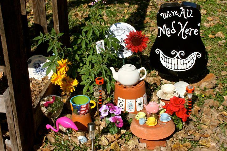 My Mom 39 S Awesome Alice In Wonderland Garden Alice Wonderland Garden Fairy Garden Books