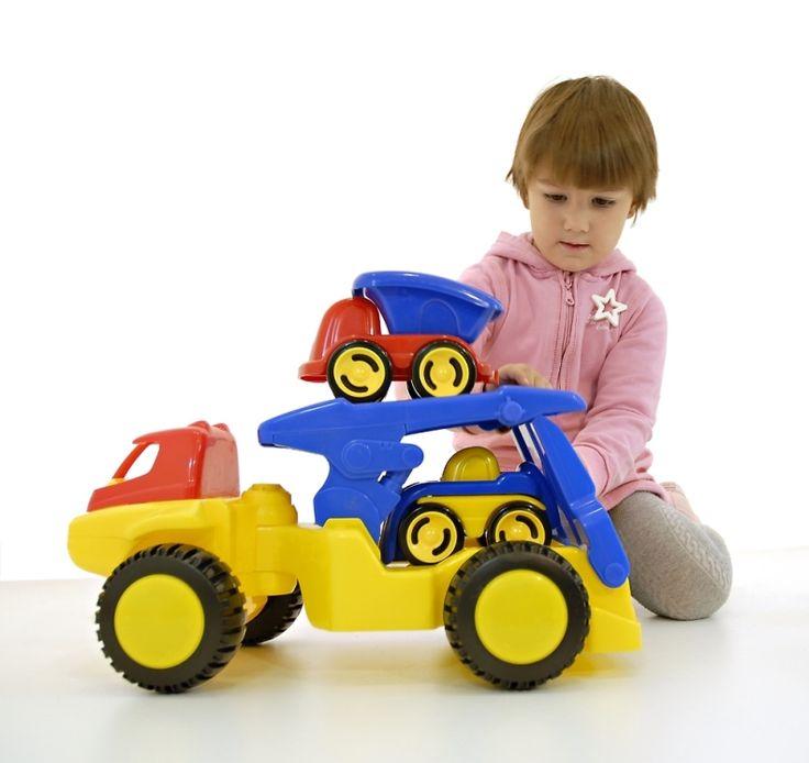 Con el Transporter Dumpy de Miniland Educational tus hijos pasarán horas de total diversión y desarrollarán juegos llenos de creatividad. Visita nuestra tienda online.