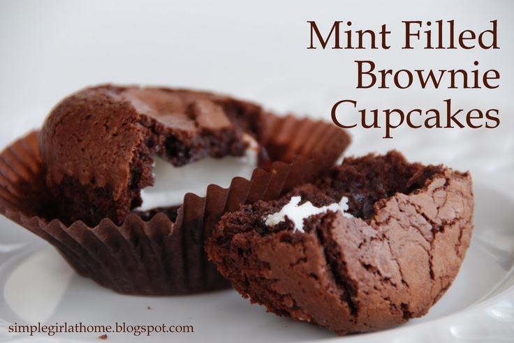 Mint Filled Brownie CupcakesMint Filling, Peppermint Patti, Filling Brownies, Mint Brownies, Brownie Cupcakes, Chocolates Brownies, Mint Chocolate, Cupcakes Rosa-Choqu, Brownies Cupcakes