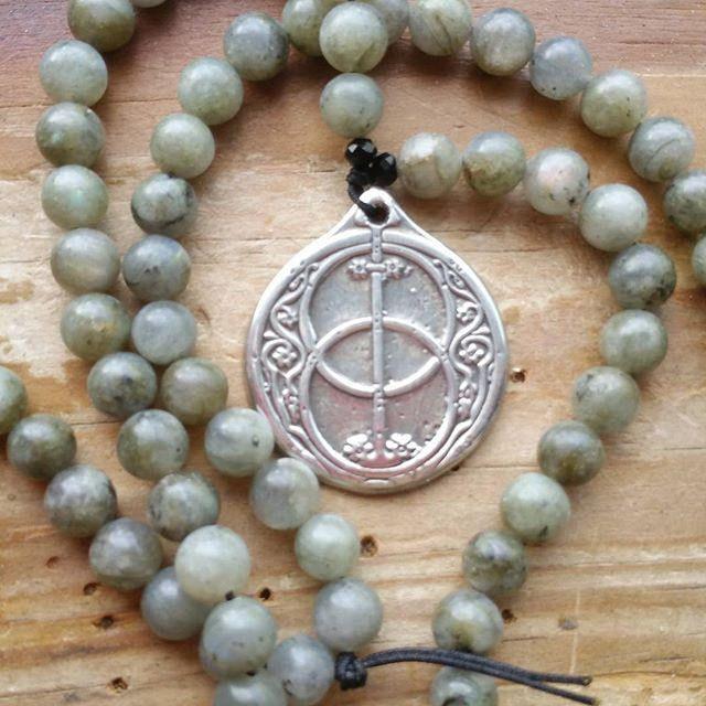 Mists of Avalon, avalon prayerbeads, avalon mala, goddess prayerbeads, goddess mala, glastonbury mala, glastonbury, pagan prayerbeads by MagickAlive on Etsy