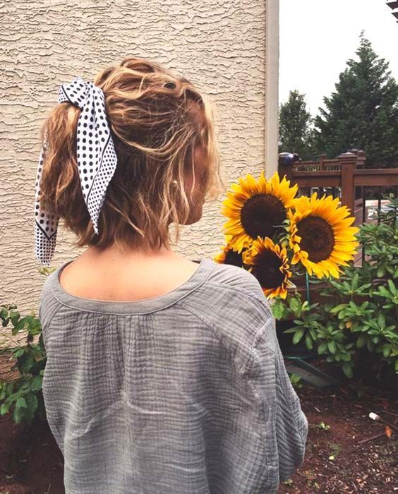 64 Adorable Updos For Short Hair That Are Extremely Easy To Copy, #Adorable #copy #Easy #Hair #S ...  #adorable #extremely #short #updos