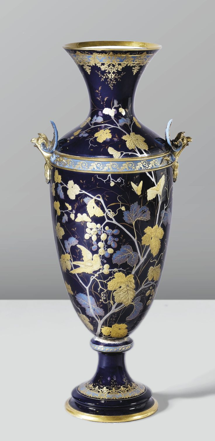 982 best porcelain images on pinterest crystals flower vases ginori grand vase vers 1870 1880 a glazed ceramic vase by ginori circa reviewsmspy