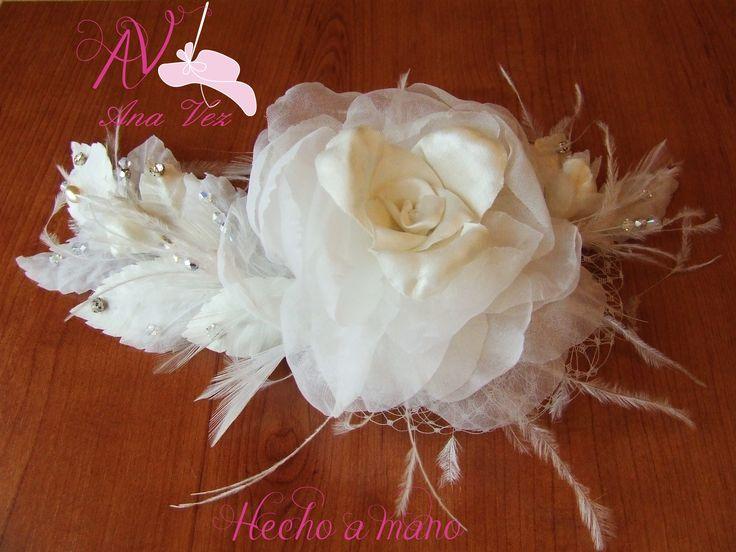 Ana Vez Atelier Tocados, Sombreros & Complementos Artesanales