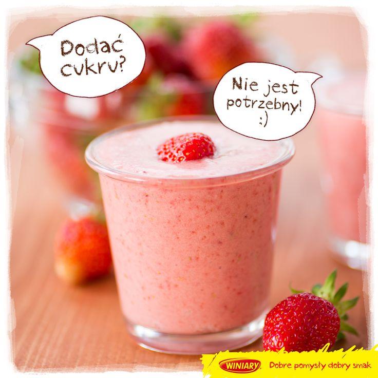 Koktajl z samych truskawek i kefiru! Dodalibyście coś jeszcze? :)