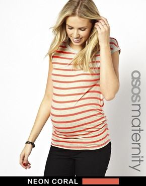 Imagen 1 de Camiseta a rayas flúor de New Look Maternity