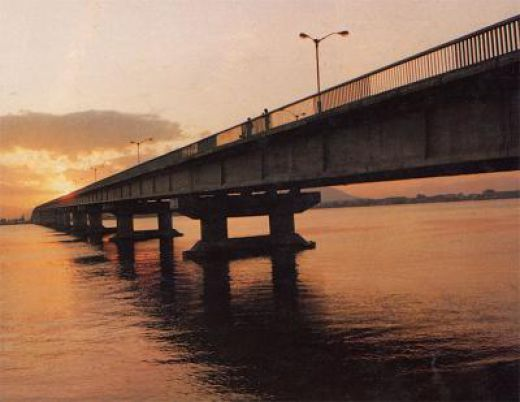 beam bridge, Feiyun River Bridge, Zhejiang Province
