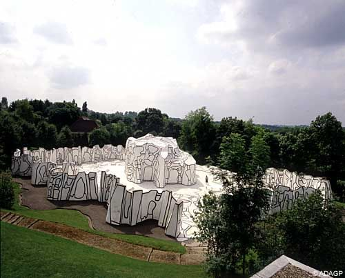 Jean Dubuffet, Closerie Falbala, 1971-1973, epoxy resin and concrete with polyurethane paints