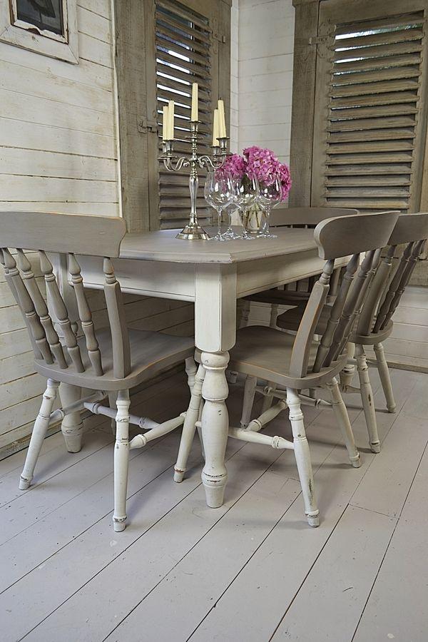 refinish the dinner table http://www.uk-rattanfurniture.com/product/12in-30cm-dark-rattan-hanging-basket/