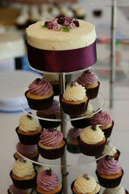 cake & cupcakes...love the sangria ribbon
