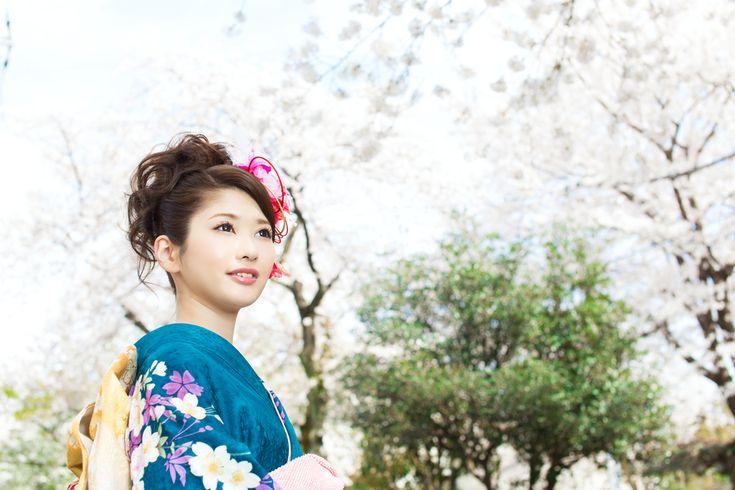 結婚式には和装も素敵!結婚式に着たい華やかな色打掛の色別画像集