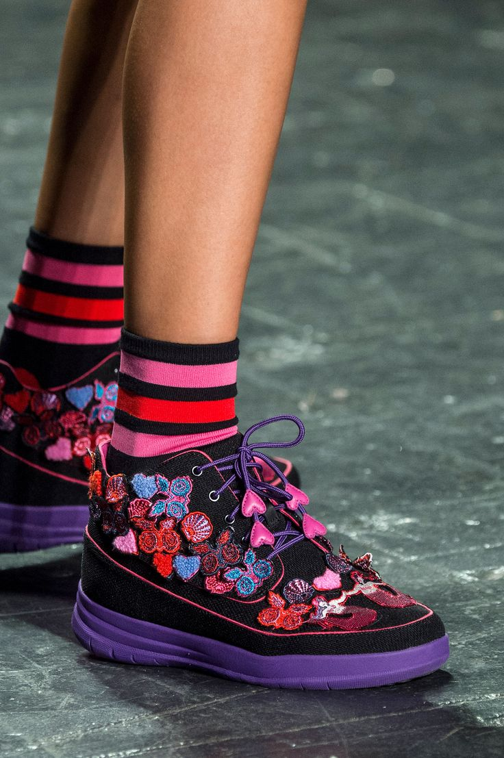 Anna Sui | Spring 2017 Details – The Impression