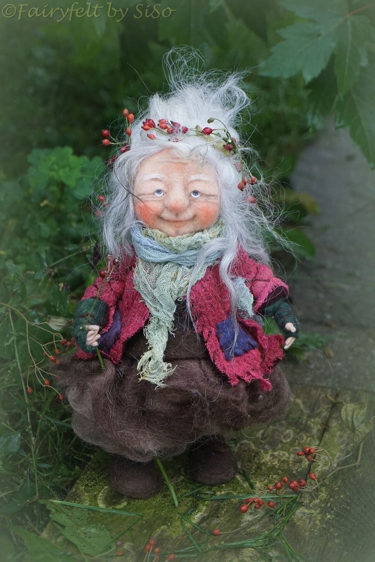 Hille, needle / wet felted Gnome https://www.etsy.com/shop/FairyfeltbySiSo?ref=hdr_shop_menu