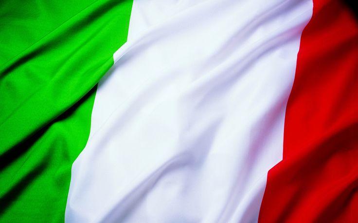 Спроси любого - какие они, итальянцы?  Первое, что приходит в голову (как лампочка включается стереотип) - веселые, шумные, романтичные, компанейские, беззаботные,  семейные, активно жестикулирующие...   Ну, и конечно же можно назвать их мудрыми