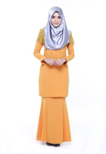 Kurung Rumi from AWNI in Orange and Green - Made of cotton twistcone- Button at front- Breastfeed and wudhu' friendly- Non-sheer- Non-stretchy ... #bajukurung #bajukurungmoden
