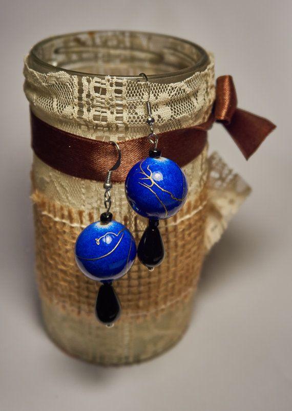 Orecchini perla blu goccia nera di AlicesDarlings su Etsy
